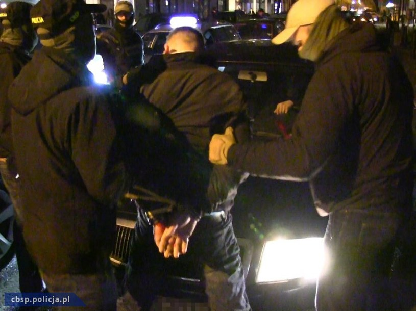 Zatrzymanie dilera, który dostarczał narkotyki warszawskim celebrytom /Policja