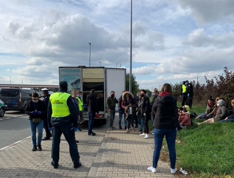 Zatrzymanie migrantów w Strykowie /Łódzka KAS /materiały prasowe