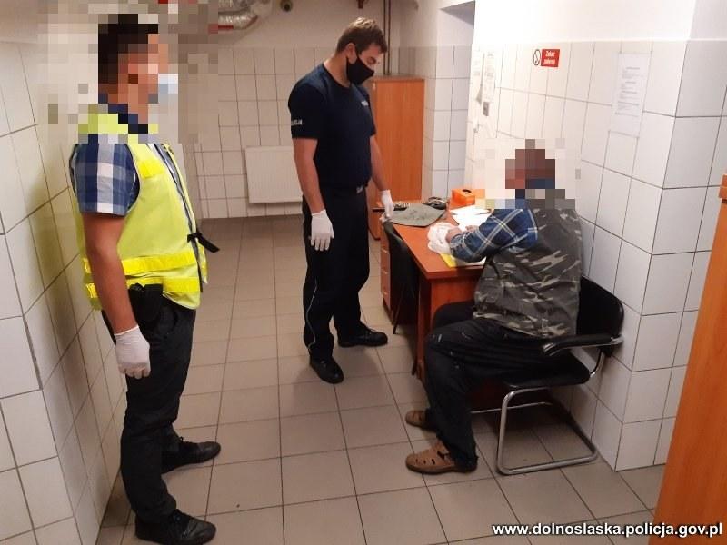 Zatrzymanie napastników, źródło: KPP w Świdnicy /Policja