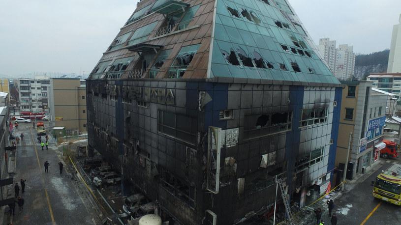 Zatrzymanie właściciela i zarządcy budynku w związku z pożarem /YONHAP   /AFP