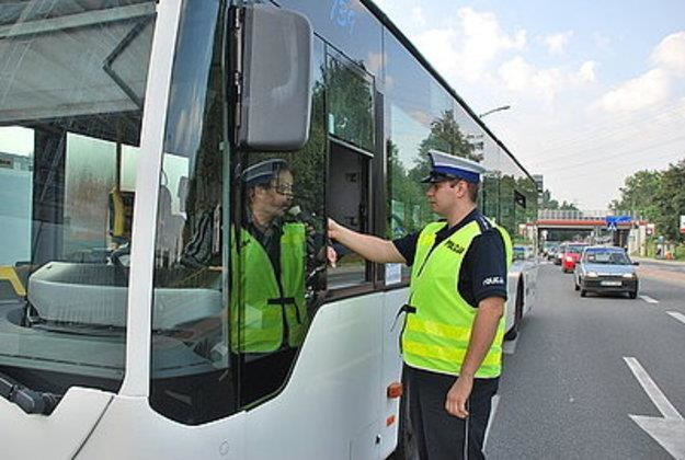 Zatrzymano aż czterech nietrzeźwych kierowców /Policja