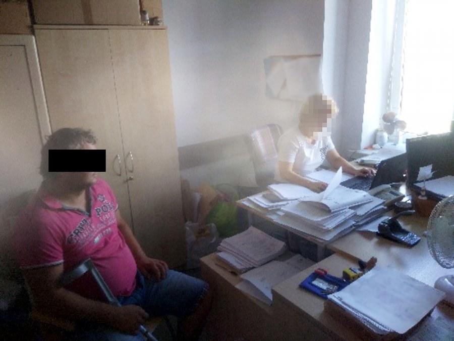 Zatrzymany 35- latek usłyszał zarzut kradzieży urządzeń multimedialnych /Policja