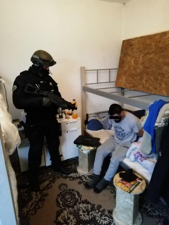 Zatrzymany mężczyzna nie stawiał oporu /Policja