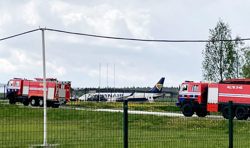 Zatrzymany samolot w Mińsku /AFP