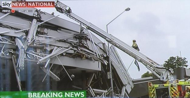 Zawalił się biurowiec Pyne Gould Guinness Building /AFP