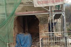 Zawaliła się ściana nośna kamienicy