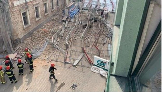 Zawalone rusztowanie w Wodzisławiu Śląskim /Gorąca Linia RMF FM
