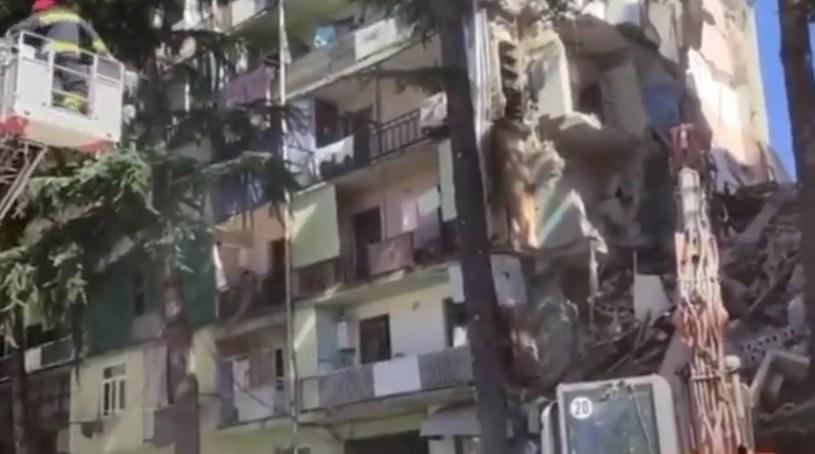 Zawalony budynek w Batumi /Twitter