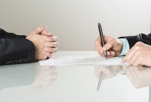 Zawarcie kolejnej umowy o pracę na czas określony z tym samym pracownikiem
