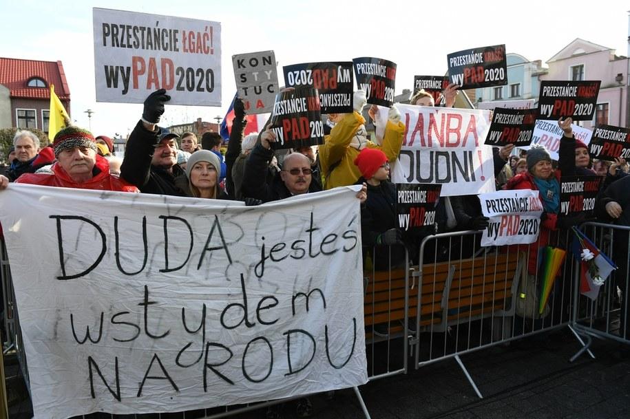 Zawiadomienia o popełnieniu przestępstwa podczas wystąpień prezydenta w Pucku / Adam Warżawa    /PAP