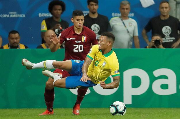 Zawodnicy Brazylii rozczarowują swoich kibiców /Mauricio Duenas Castaneda /PAP