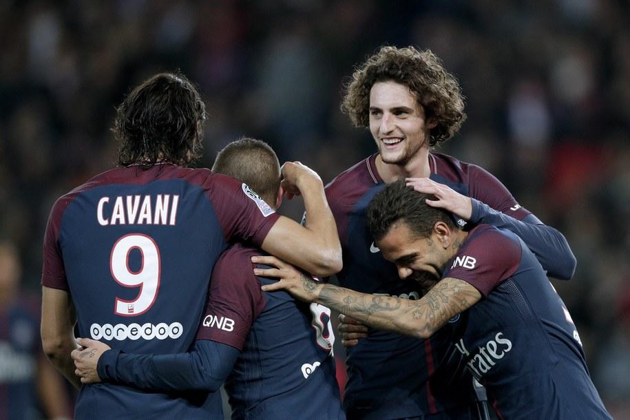 Zawodnicy Paris Saint Germain /YOAN VALAT  /PAP/EPA
