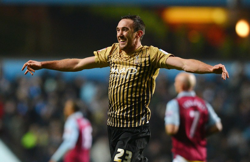 Zawodnik Bradford City - Rory McArdle. /AFP