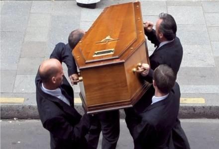 Zawsze fascynowały go pogrzeby /AFP