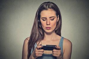 Zazdrość o znajomych z internetu pogarsza samopoczucie