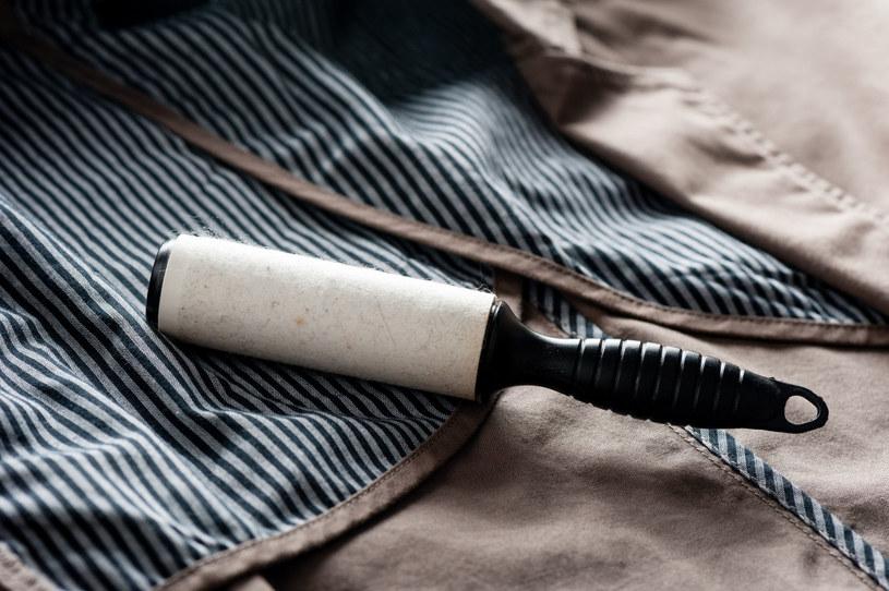 Zazwyczaj przydają się do usuwania zmechaceń i drobinek z odzieży. Ale możesz ich także używać w domu w różnych sytuacjach /123RF/PICSEL