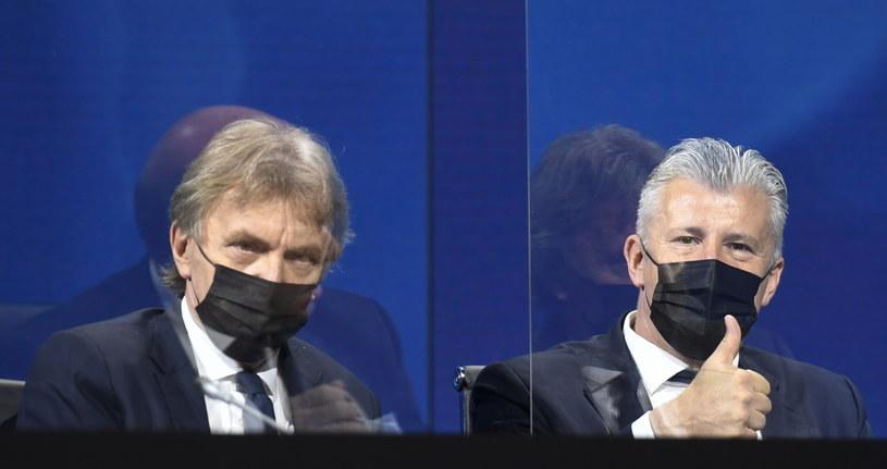 Zbigniew Boniek i Davor Suker na kongresie UEFA /PAP/EPA/Richard Juilliart / UEFA HANDOUT /PAP/EPA