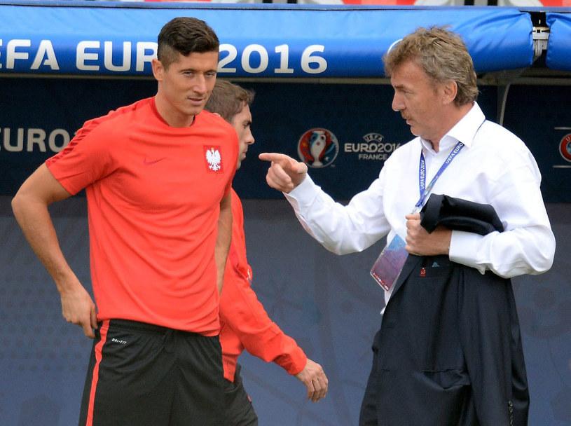 Zbigniew Boniek i Robert Lewandowski podczas Euro 2016 we Francji /AFP