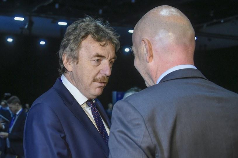 Zbigniew Boniek, prezes PZPN-u, w rozmowie z Giannim Infantino, prezesem FIFA, podczas 41. Kongresu Zwyczajnego UEFA /PAP/EPA