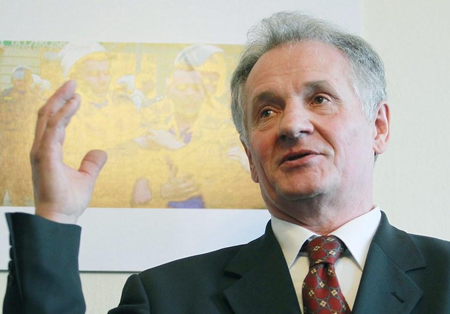 Zbigniew Bujak /Radek Pietruszka /PAP