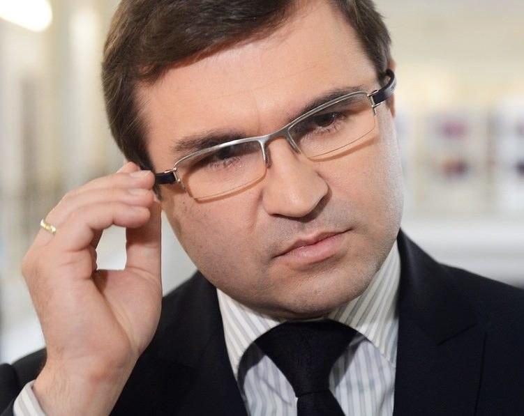 Zbigniew Girzyński narobił sobie kłopotów w partii? /J. Bławicki /East News