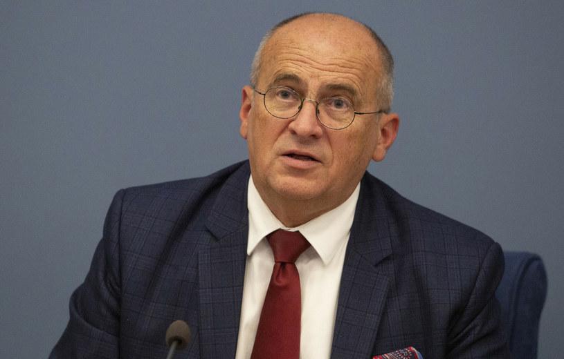 Zbigniew Rau przebywa na zwolnieniu lekarskim /Edijs Palens/Xinhua News /East News
