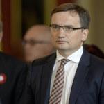 Zbigniew Ziobro chce więzienia dla 'Patrotrenera'! On sam sobie z tego kpi!