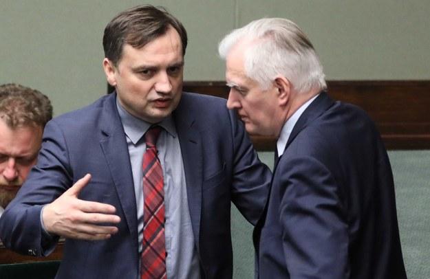 Zbigniew Ziobro i Jarosław Gowin / Leszek Szymański    /PAP