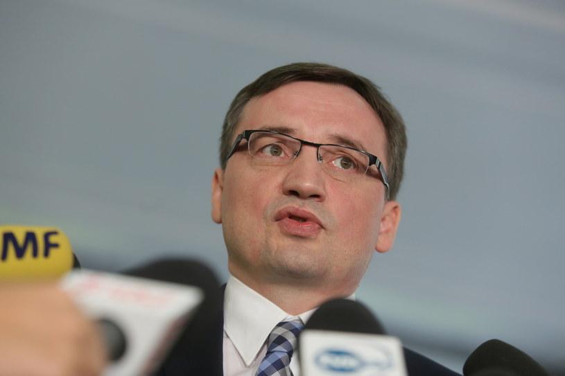 Zbigniew Ziobro na konferencji prasowej /Leszek Szymański /PAP