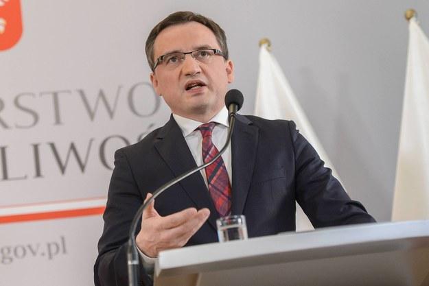 Zbigniew Ziobro o zabójstwie Jaroszewiczów: Zarzuty kryminalne postawiono trzem osobom