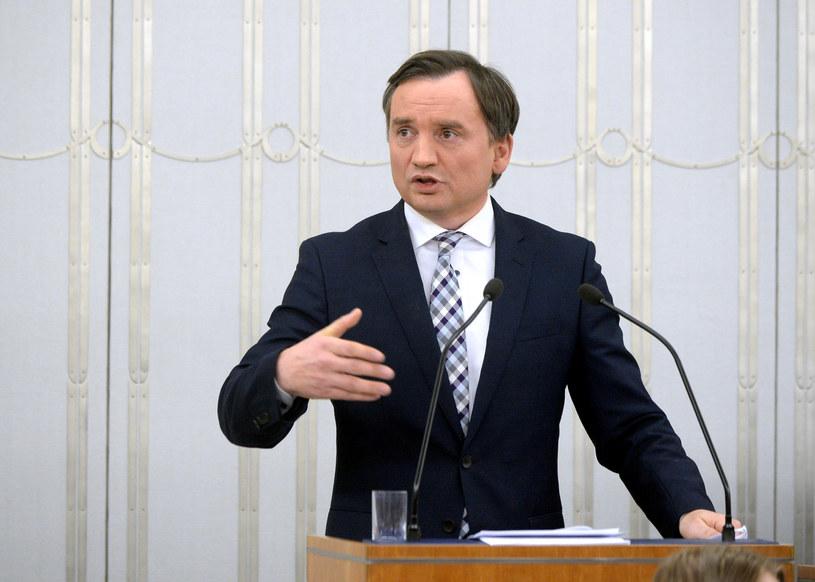 Zbigniew Ziobro podczas przemówienia w Senacie /Jan Bielecki /East News