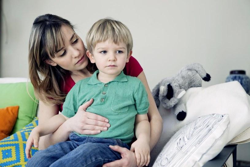 Zbilansowana dieta jest bardzo istotna w leczeniu zaparć u dzieci /Adobe Stock