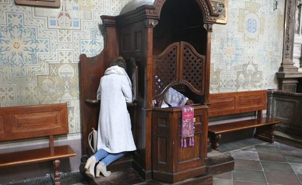Zbiorowe rozgrzeszenie w Kościele katolickim? Węgrzy dają przykład