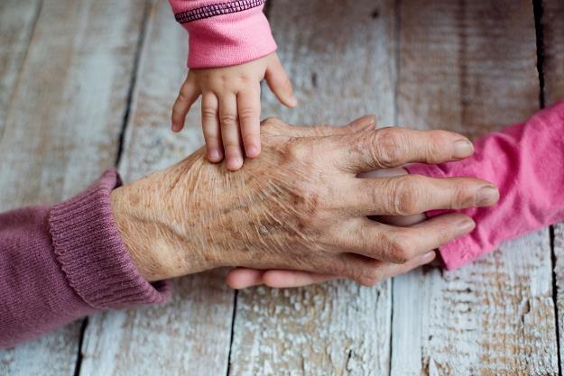 Zbliża się demograficzna katastrofa? /©123RF/PICSEL