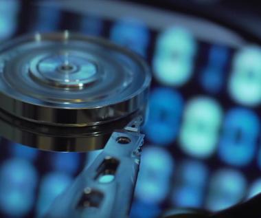 Zbliża się przełom w magazynowaniu danych. Nowe dyski przetrwają 600 lat!