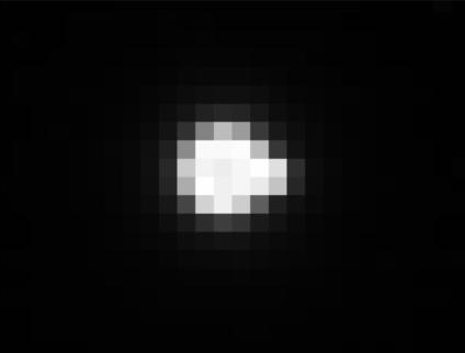 Zbliżenie na Ziemię. Zgrubienie po prawej stronie to Księżyc /NASA/Naval Research Laboratory/Parker Solar Probe /Materiały prasowe