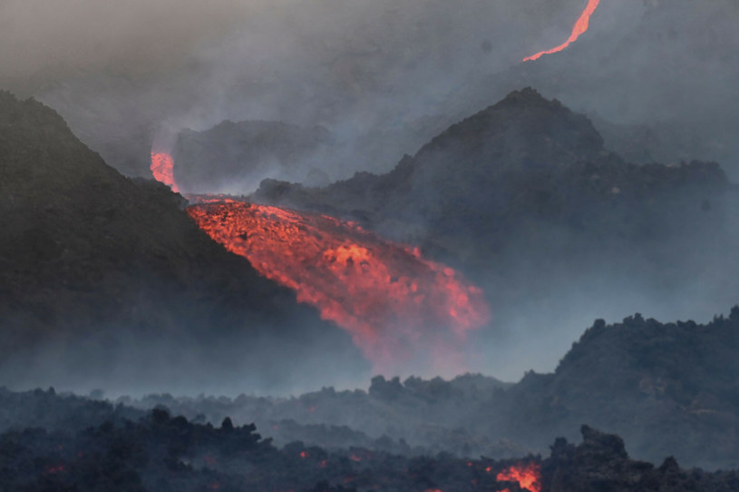 Zbocza wulkanu Pacaya są nadal bardzo niebezpieczne /AFP /East News