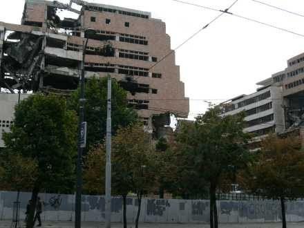 Zbombardowane przez NATO ministerstwo obrony w Belgradzie /INTERIA.PL
