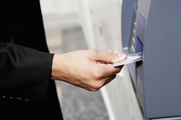 ZBP przestrzega także przed zapisywaniem kodu PIN na karcie /© Panthermedia