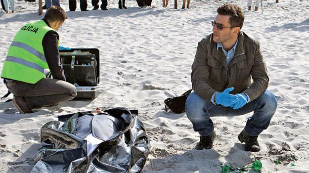 """""""Zbrodnia"""": Do morderstwa dojdzie w czasie wyścigów konnych rozgrywanych na plaży /Świat Seriali"""