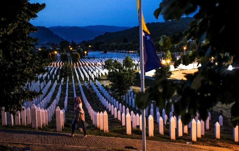 Zbrodnia ta jest uznawana za największy masowy mord w Europie od II wojny światowej /Getty Images