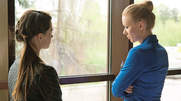 Zbuntowana nastolatka postanowi przynajmniej wysłuchać argumentów matki /www.nadobre.tvp.pl/