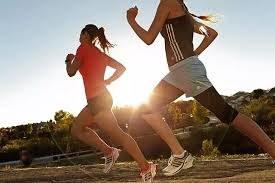Zbyt intensywna aktywność fizyczna /© Photogenica