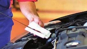 Zbyt wysoki poziom oleju silnikowego