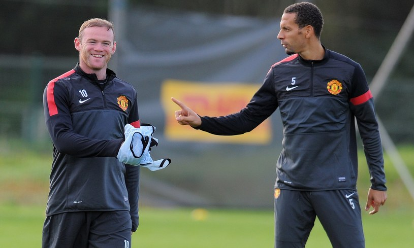 Zdaniem Ferdinanda Rooney powinien zostać w Manchesterze /AFP