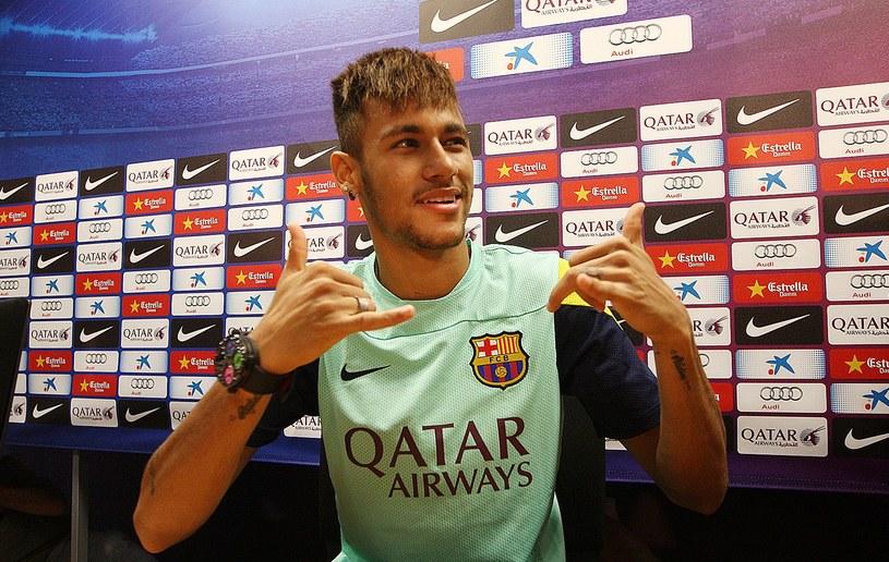 Zdaniem Pelego Neymar przebije wielkie gwiazdy dzisiejszego futbolu /AFP