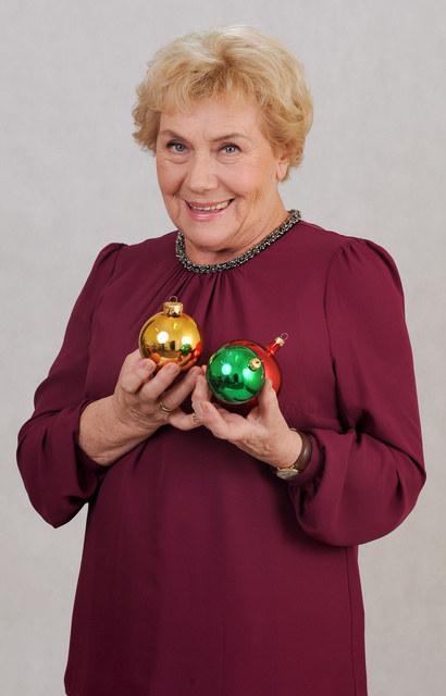 Zdaniem Teresy Lipowskiej dla świątecznego nastroju ważna jest radość dzieci obdarowanych prezentami i wspólne śpiewanie kolęd /Agencja W. Impact