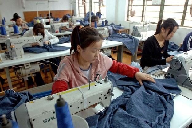 """Zdążyliśmy się już przyzwyczaić do metki """"made in China"""" /AFP"""