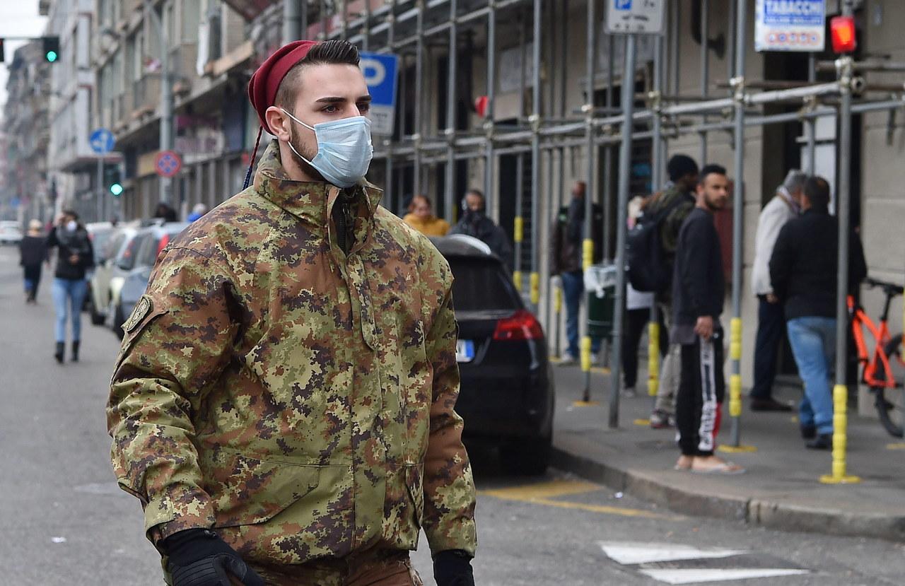 Zdecydowane decyzje włoskiego rządu: Zakazał poruszania się poza miejscem zameldowania