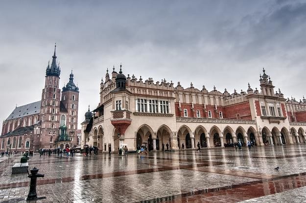 Zdecydowanymi liderami atrakcyjności turystycznej są Kraków i Warszawa /©123RF/PICSEL